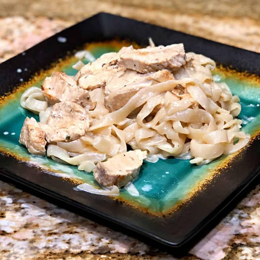 Keto Chicken Alfredo Recipe Square Thumbnail
